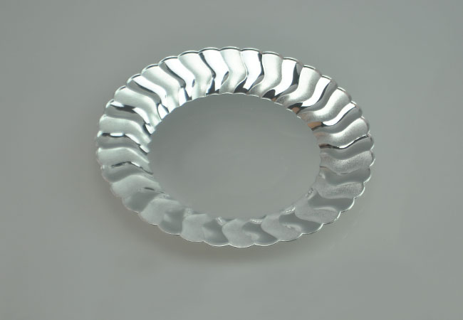 10.25\  clear heavy duty shell edged plastic dinner plate. APC026- ... & 10.25\